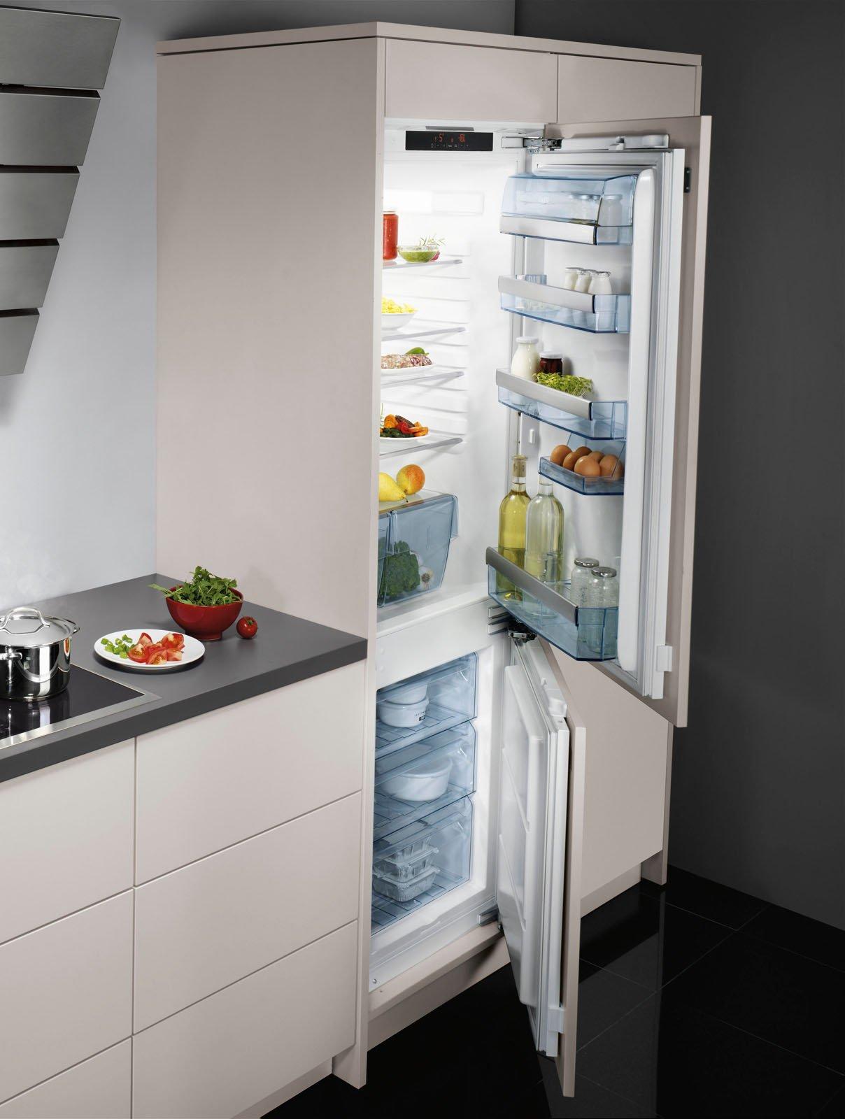 Stunning il combinato door on door da incasso scs f di aeg - Cucina con frigo americano ...