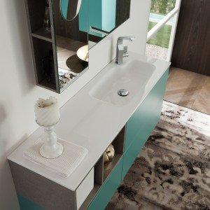 Ekochic 11 di Archeda: la composizione con lavabo integrato nel piano in Geacryl misura L 120 x P 35 cm. Prezzo Iva esclusa costa 2.604 euro. www.archeda.eu