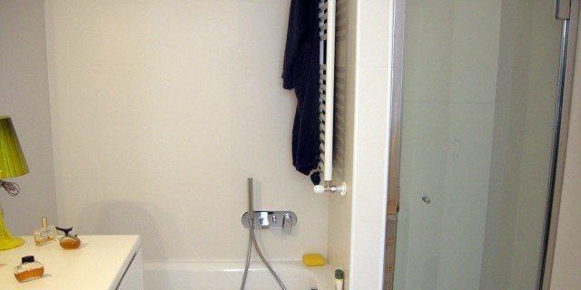 Ristrutturare il bagno 10 informazioni utili cose di casa - Bagno da ristrutturare ...