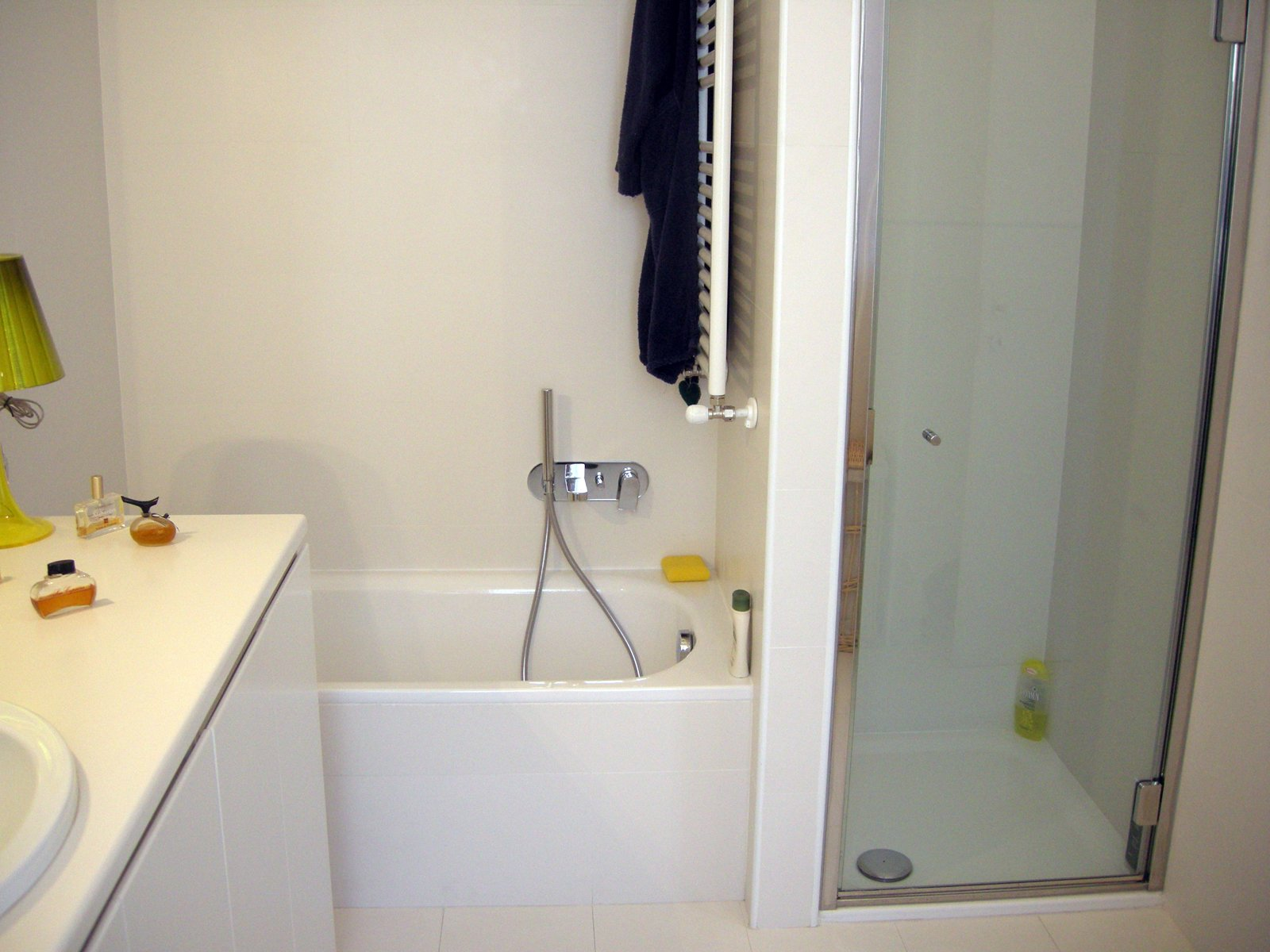 Ristrutturare il bagno 10 informazioni utili cose di casa - Ristrutturare il bagno fai da te ...