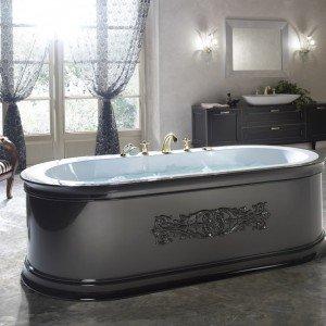 Yuma Style, la prima vasca New Retrò prodotta da BluBleu, unisce il decor del fregio alle forme classiche della rubinetteria. Offre un tocco di modernità il colore della pannellatura, selezionabile tra tonalità naturali e qualsiasi tinta della cartella RAL. www.blubleu.it