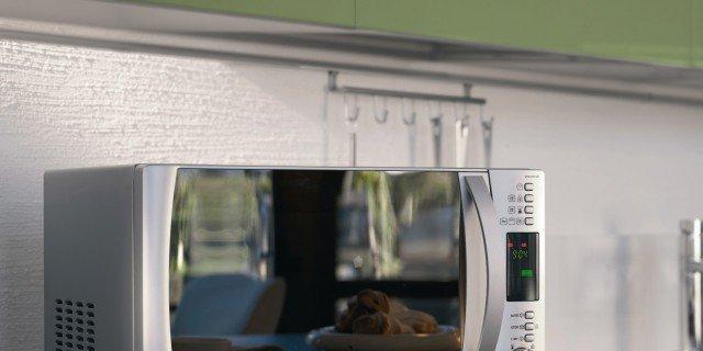 I forni a microonde: piccoli, rapidi e completi