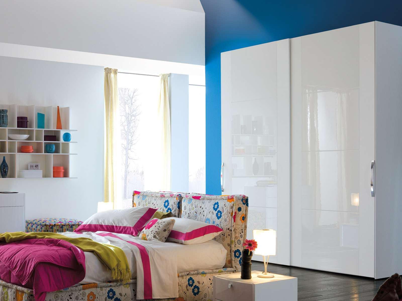 Armadi lo stile organizza lo spazio cose di casa for Armadio camera da letto chateau d ax