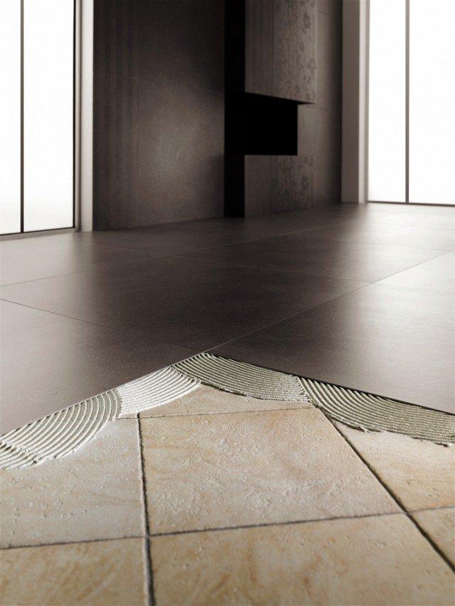 Kerlite Plus di Cotto d'Este è una collezione in gres porcellanato rinforzato sul retro con fibra di vetro. Per pavimenti e pareti, le lastre hanno spessore di 3 mm e misurano fino a 300 x 100 cm. Prezzo da rivenditore. www. kerlite.it
