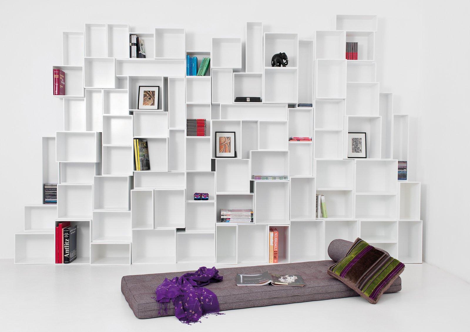 Una libreria versatile: Cubit, facile da montare e per tutti gli ...