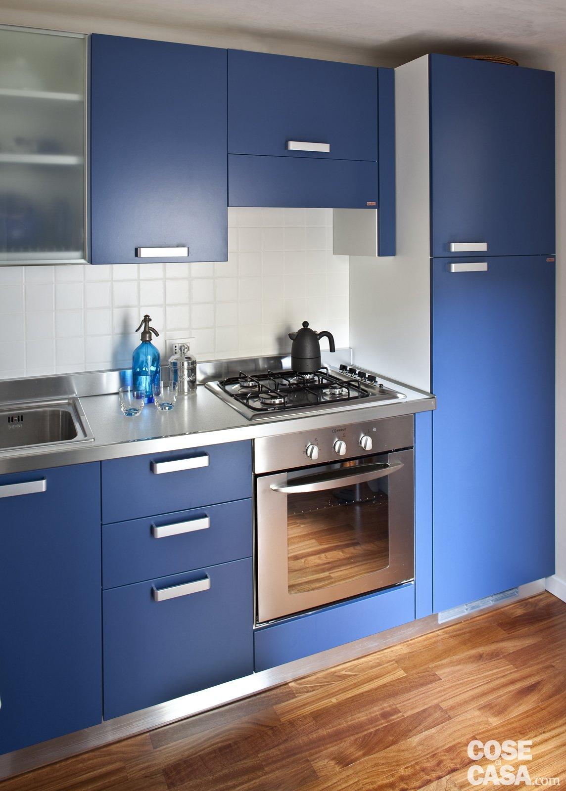 48 mq bilocale su due livelli cose di casa for Piccole immagini del piano casa