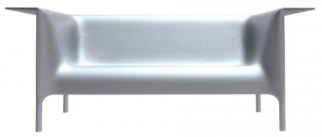 Lontano dalle linee classiche il sofà Out/In di Driade ha la struttura in polipropilene arricchita da un ripiano e piedi in alluminio anodizzato. Le linee sono pure e raffinate. Adatte sia in salotto sia in giardino. Disponibili in due tonalità opache (bianco e nero), e nella versione laccata color argento. Misura L202xP76xH82cm. Prezzo 2.706 euro. www.driade.com