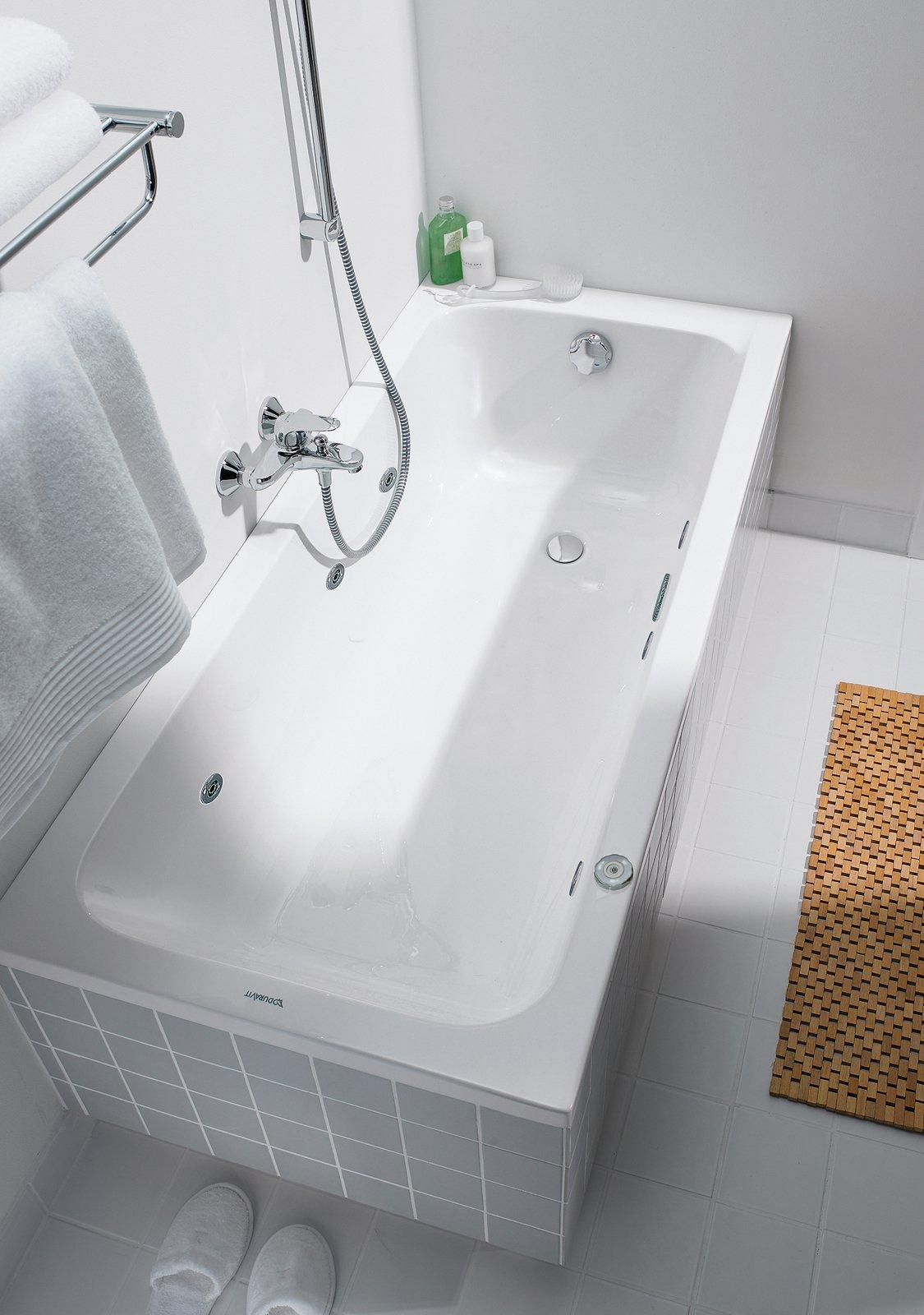 Le vasche idromassaggio cose di casa - Vasca da bagno incasso ...