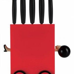 Magic box di E-MY by Fratelli Guzzini è un set di 5 coltelli con lama in acciaio inox.  Il design ricercato e originale è pensato con l'obiettivo di stupire e far sorridere senza dimenticare la qualità. Misura L15 x P11,5 x H35 cm. Prezzo 85 euro. www.e-my.com