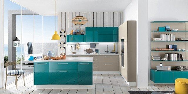 La cucina colorata, un guizzo di vitalità