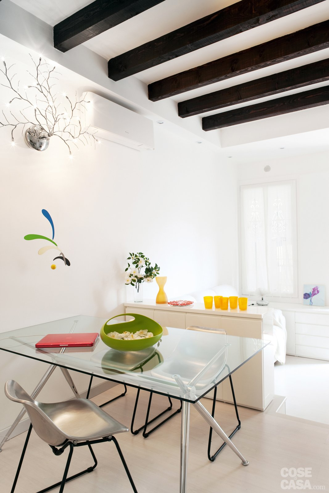 Una Casa Di 35 Mq Sfruttati Al Massimo Cose Di Casa #C29509 1067 1600 Sala Da Pranzo Chateau D'ax