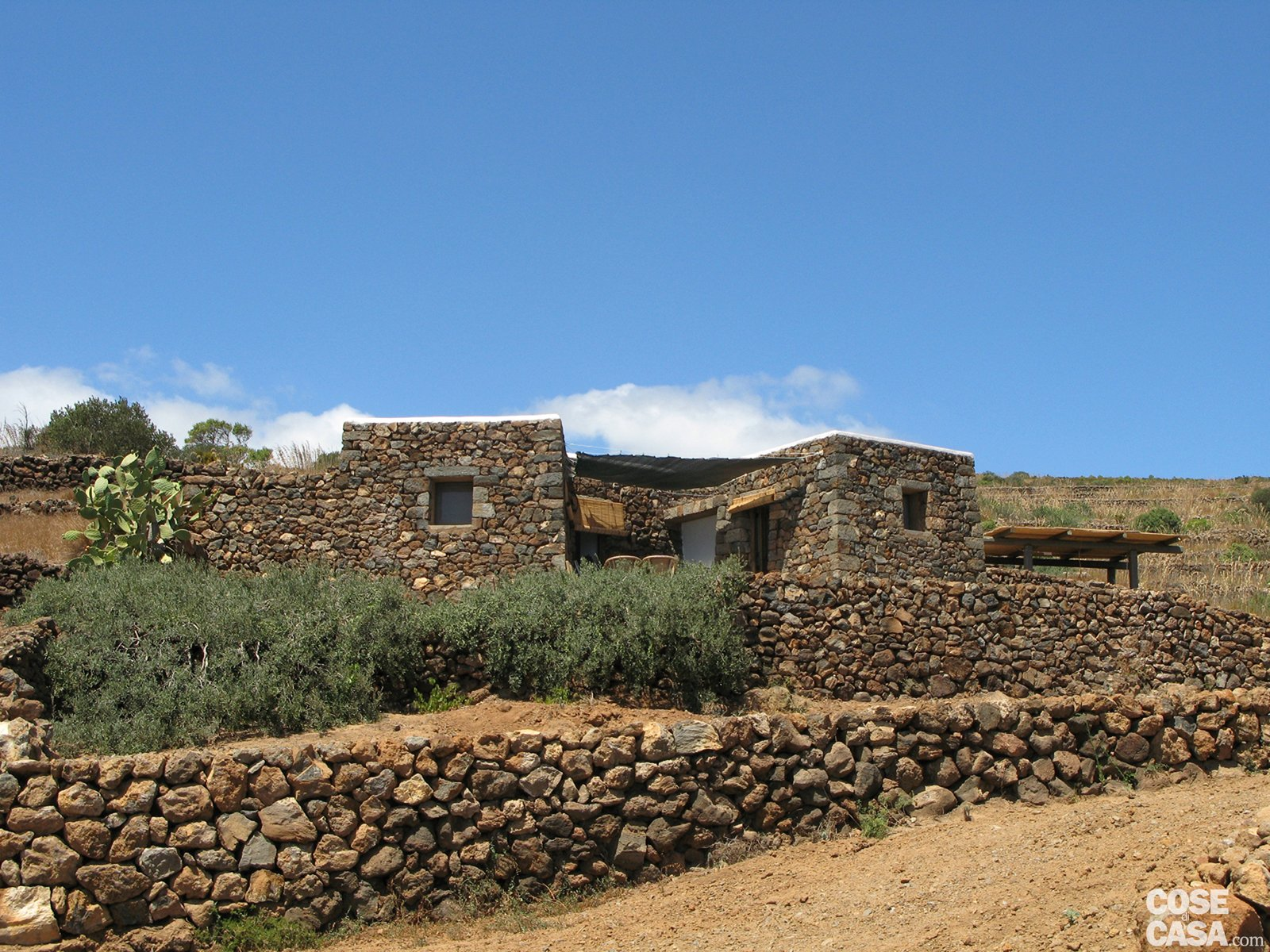 Soggiorno Pantelleria : Dammuso a pantelleria una casa vacanza in pietra cose