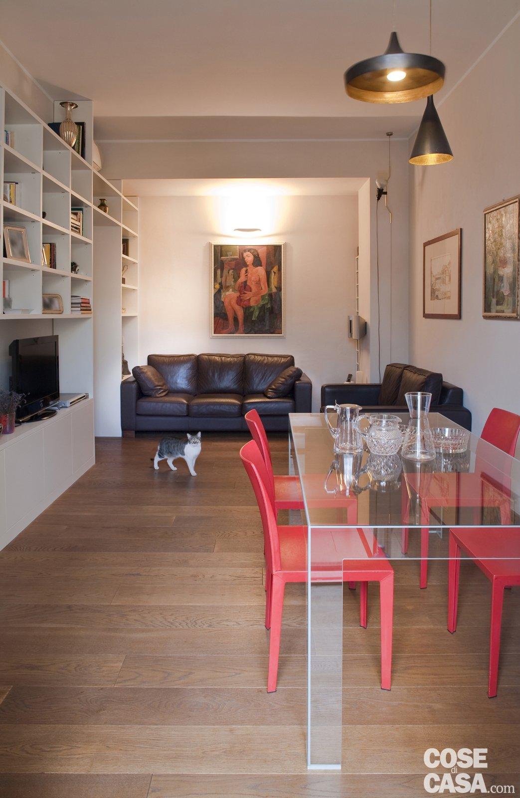 Una casa di 80 mq superfunzionali cose di casa for Immagini di appartamenti ristrutturati