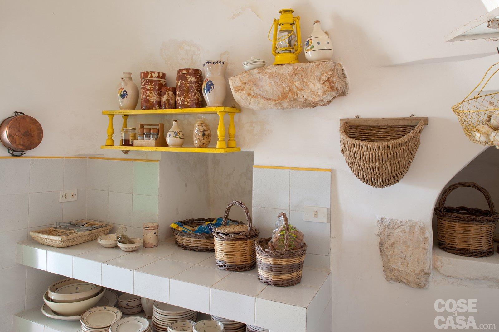 La Casa In Un Trullo Cose Di Casa #B99312 1600 1067 Piastrelle Cucina Casa Al Mare