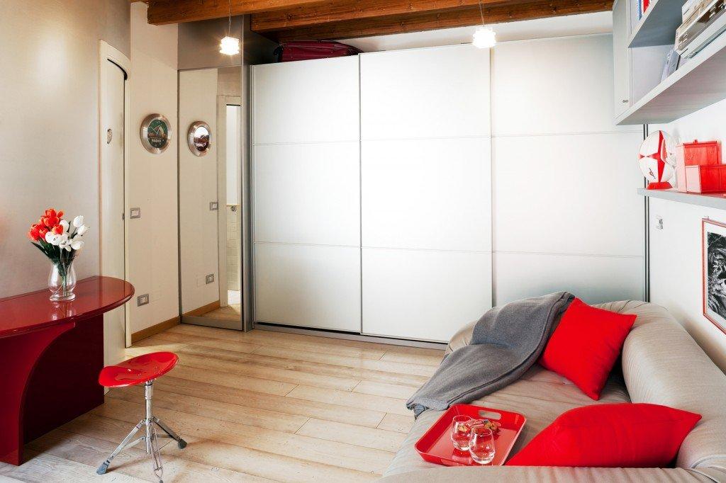 Monolocale di 25 mq con soluzioni salvaspazio cose di casa for Monolocale di 40 mq