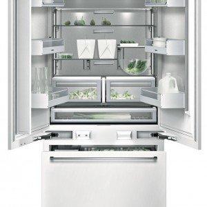 Ha capacità di 530 litri il frigocongelatore RY491200 di Gaggenau con regolazione elettronica delle temperature, sbrinamento automatico e raffreddamento dinamico. Ha il produttore di ghiaccio integrato nella porta. È largo 91,4 cm. Prezzo da rivenditore. www.gaggenau.it