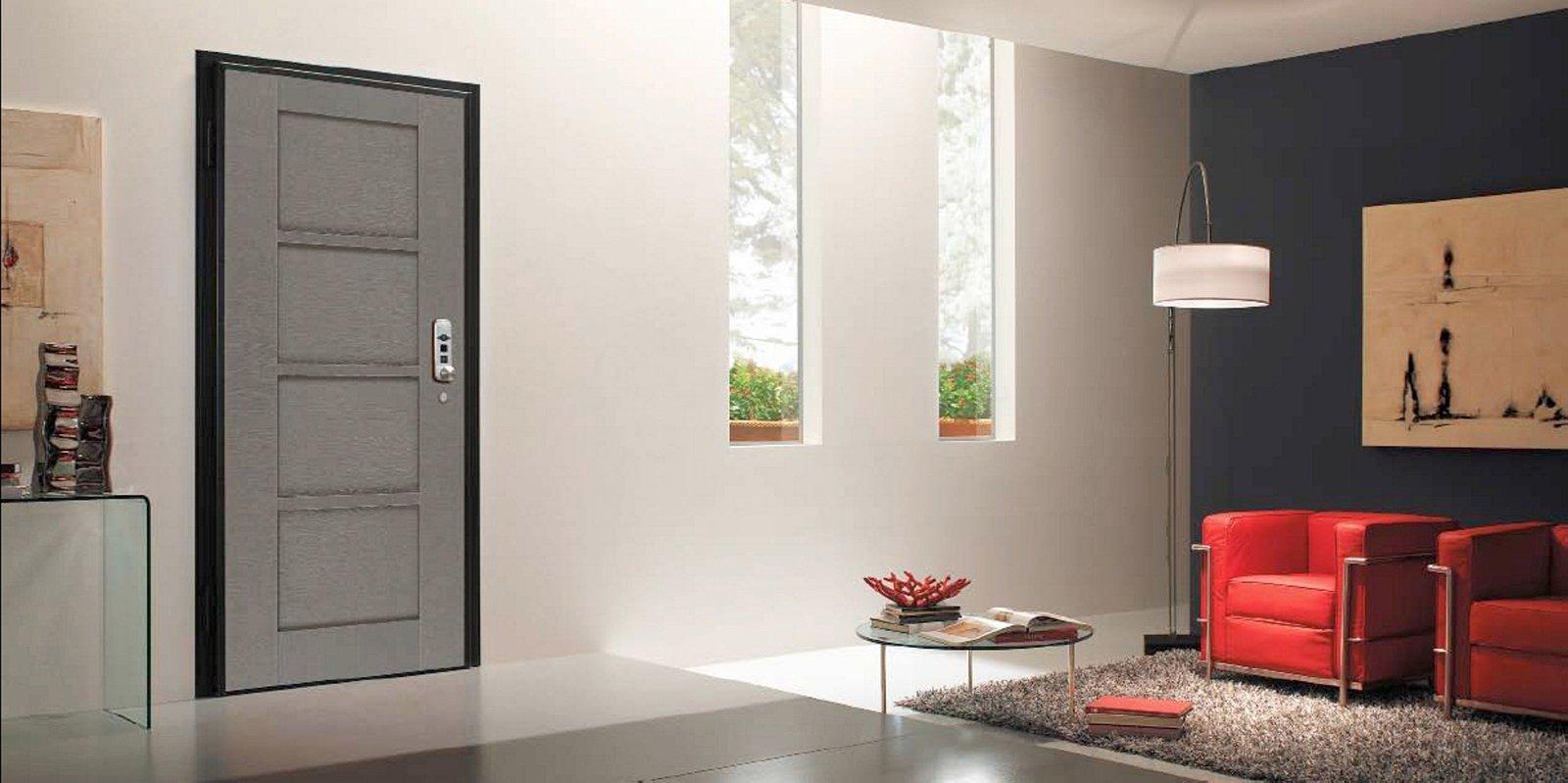 Casa telecomandata con la domotica cose di casa - Porte da ingresso prezzi ...
