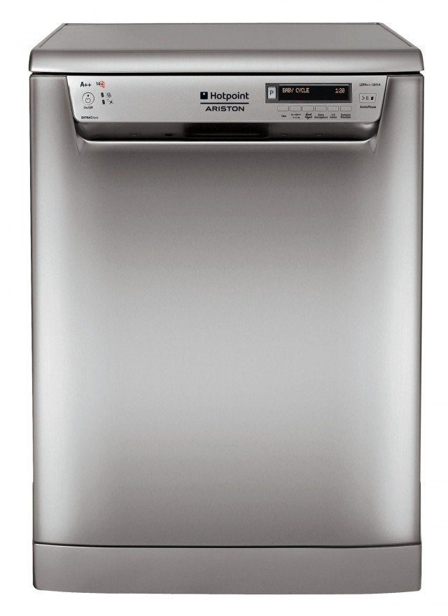 La lavastoviglie LDFA++ H14 X IT di Hotpoint ha un consumo di soli 10 litri d'acqua per ciclo. Ha 8 programmi e partenza ritardata fino a 24 ore. Da 14 coperti, è in classe di efficienza energetica A++. Misura L 60 x P 60 x H 85 cm. Prezzo 699 euro www.hotpoint.it