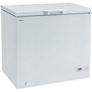 A pozzo, in classe energetica A+, il congelatore  ICHP 210 di Iberna con sistema di raffreddamento statico ha capacità di congelare 10 kg in 24 ore. Misura L 89 x P 59 x H 84 cm. Prezzo 335 euro. www.iberna.it