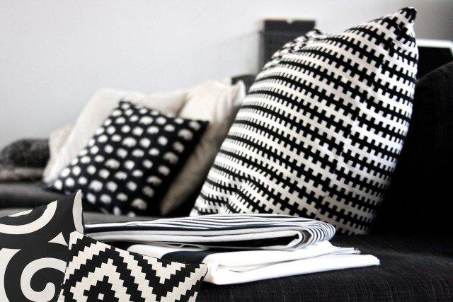 Cuscini per cambiare look alla casa cose di casa for Divano 99 euro