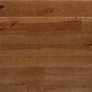 In essenza di faggio, il parquet Assi del Cansiglio di Itlas si distingue per la colorazione che vira verso il marrone scuro con una lavorazione superficiale che dona un aspetto vissuto. Prezzo: su preventivo. www.itlas.it