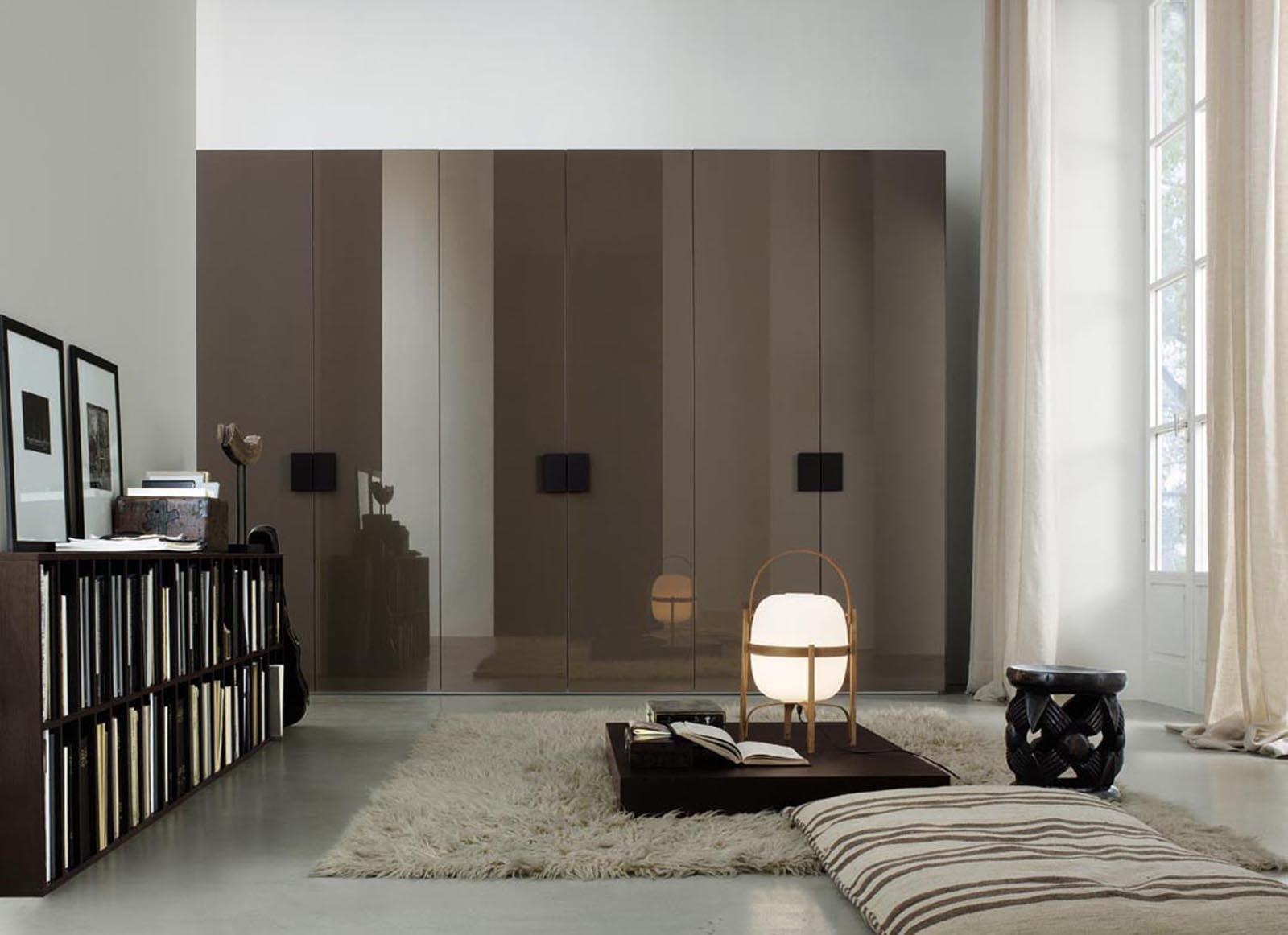 Armadi lo stile organizza lo spazio cose di casa