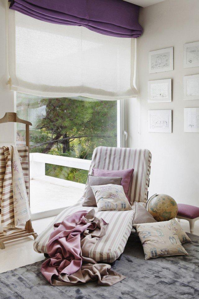 Il tessuto Nebraska Violeta di Ka International (www.ka-international.com) è in 100% lino, adatto sia per tende tese sia arricciate. Prezzo da rivenditore