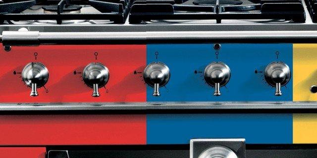 Cucina freestanding: il blocco cottura cambia colore