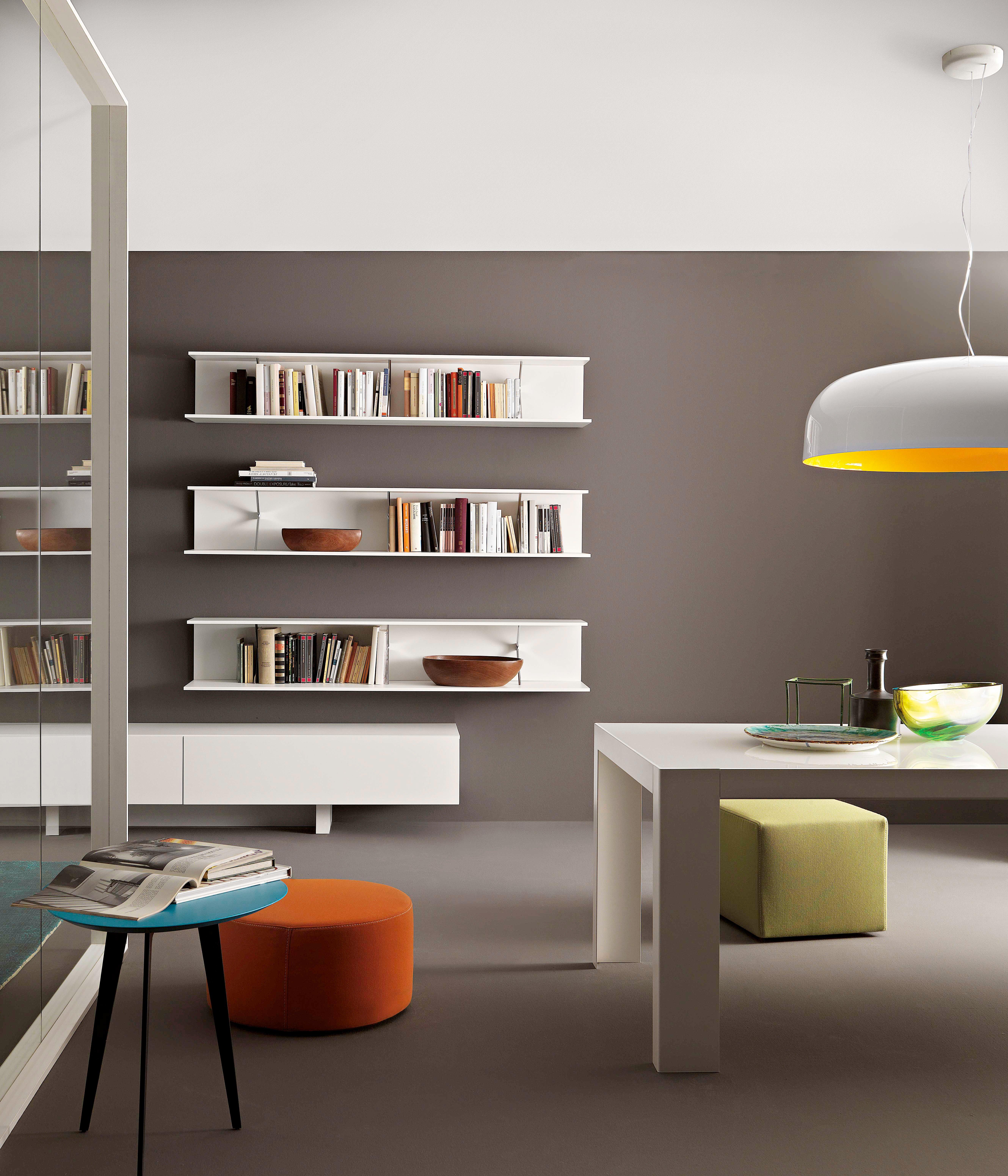 Librerie e non solo un posto per tutto cose di casa for Scaffali in legno componibili