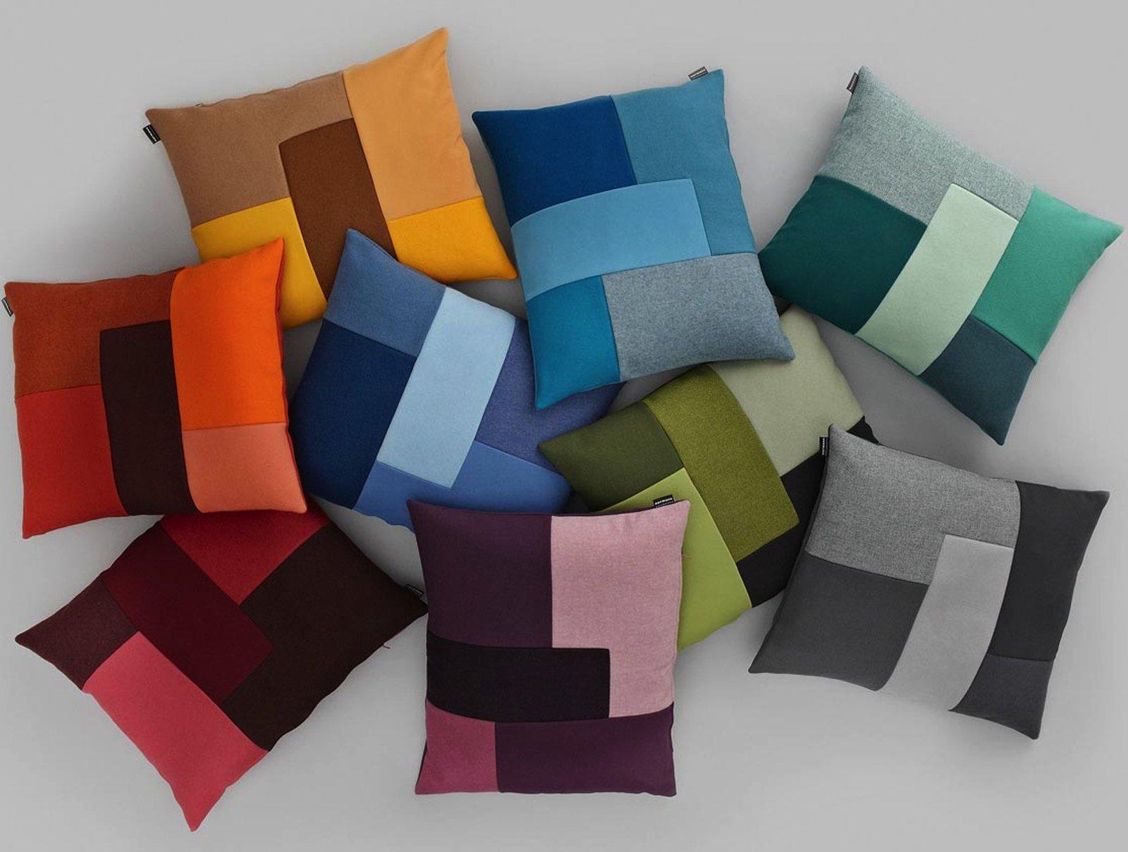 Cuscini per cambiare look alla casa cose di casa - Cuscini quadrati per divani ...