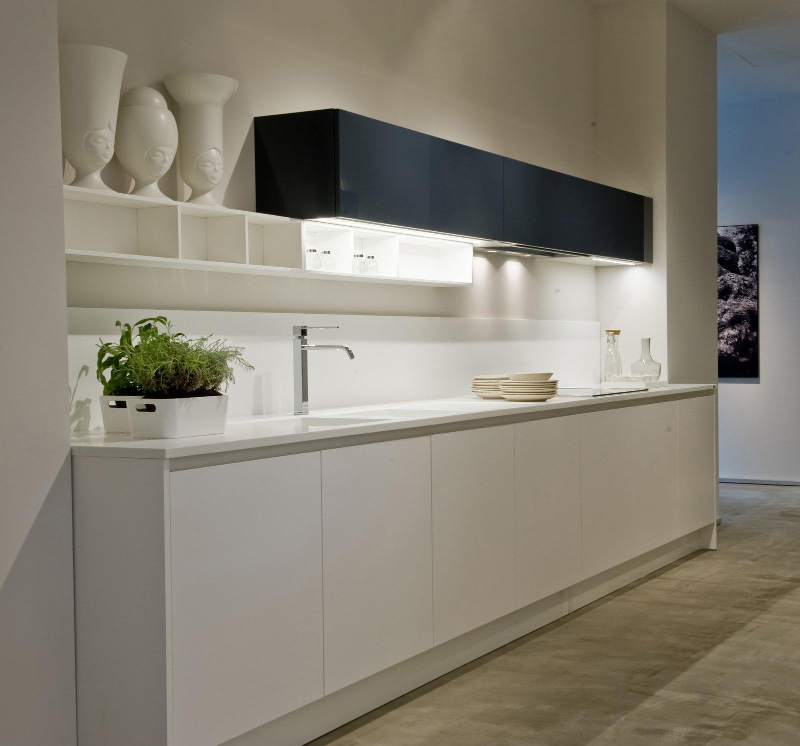 Ernestomeda nuovo showroom a bari cose di casa - Tutto cucine carre ...