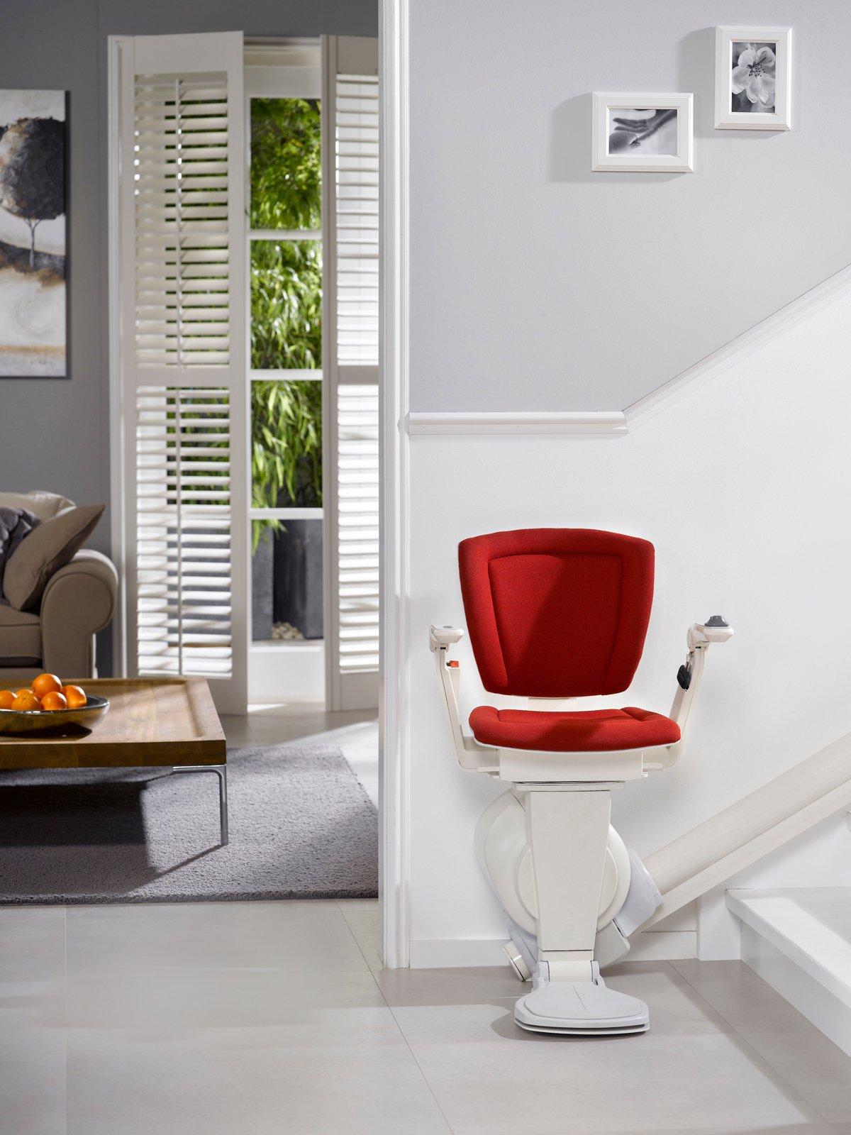 L 39 ascensore interno per il tuo appartamento cose di casa for Piani di casa con scala curva