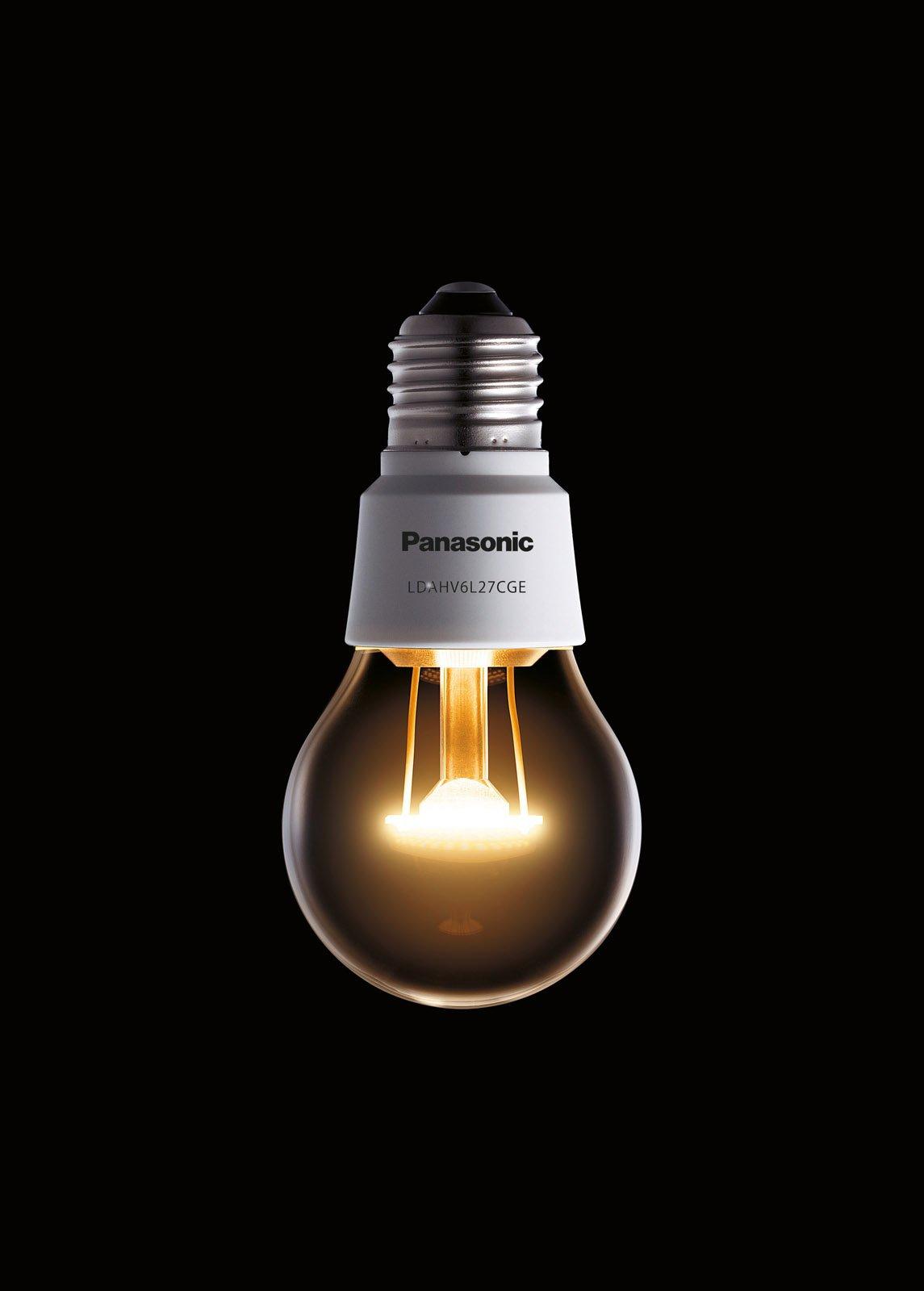 La lampadina a Led Nostalgic Clear di Panasonic di forma tradizionale ...