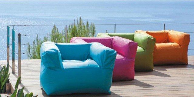 Divani e poltrone per esterni perfetti anche in casa for Poltrone da balcone
