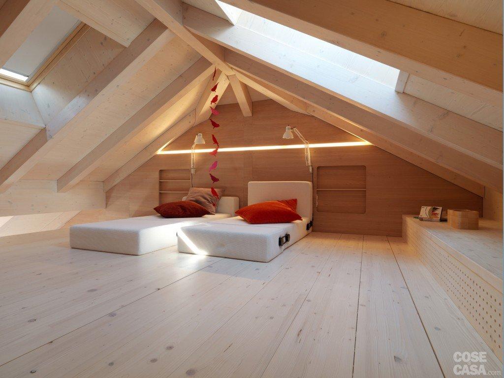 Casa di montagna sfruttata al centimetro cose di casa for Sottotetto in legno