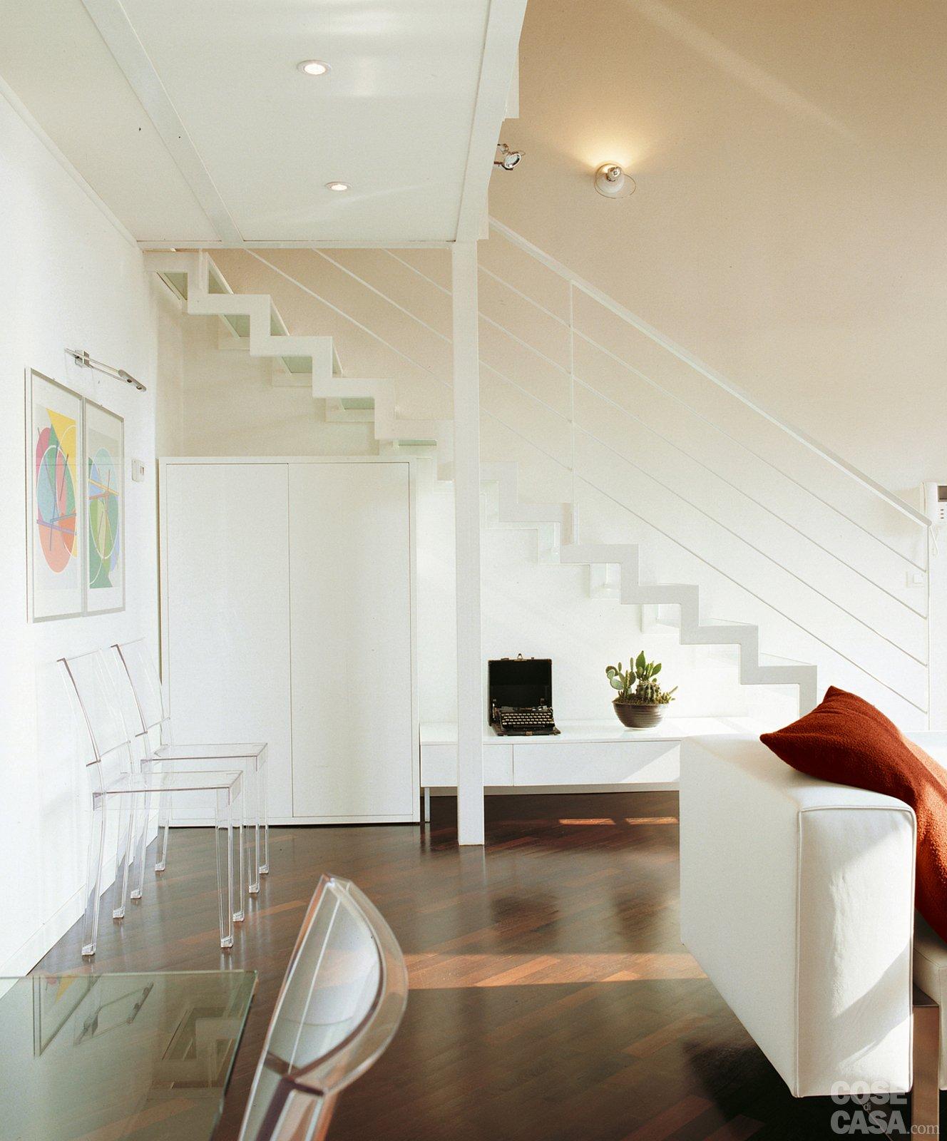 Una casa a doppia altezza con soppalco di 70 mq cose di casa - Scala soggiorno ...