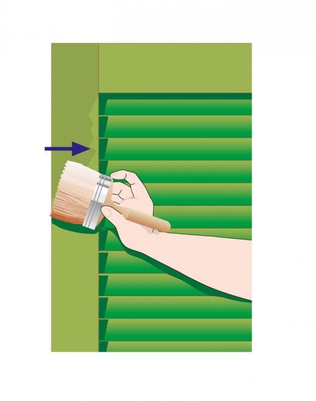 Quando la prima mano si è completamente asciugata, passare la seconda in senso longitudinale.