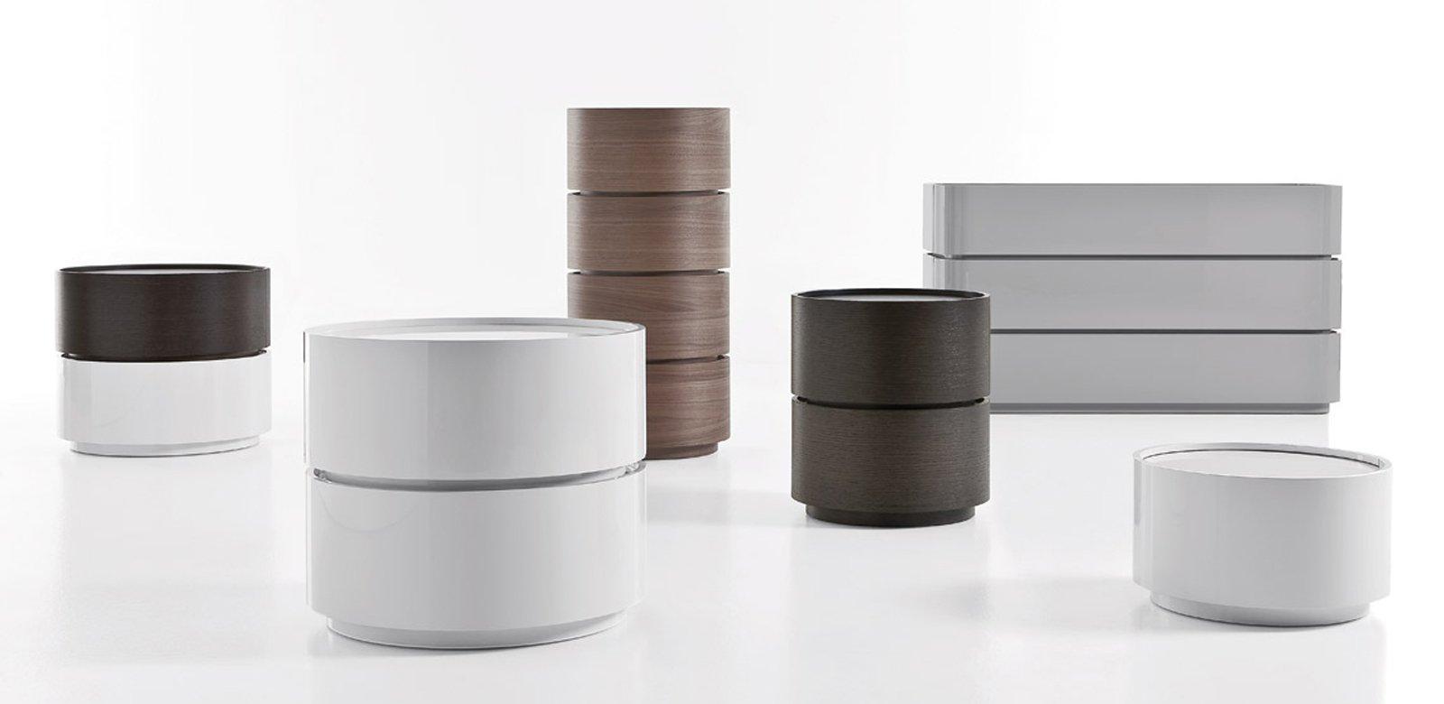 Comodini moderni for Moderni minuscoli kit di case