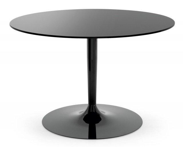 Il tavolo è in metallo verniciato nero lucido; misura 120 x H 75 cm e costa 621 euro Planet di Calligaris
