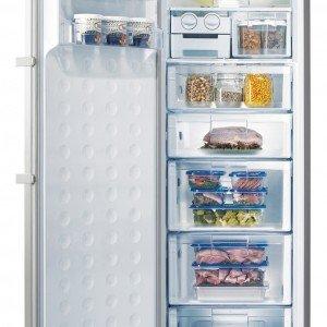 È dotato dei sistemi No-Frost e Fuzzy Logic con sensori di temperatura in classe A+ da 277 litri il congelatore verticale RZ 80FH PN di Samsung che misura L 59,5 x P 64,3 x H 180 cm. Prezzo 899 euro. www.samsung.com