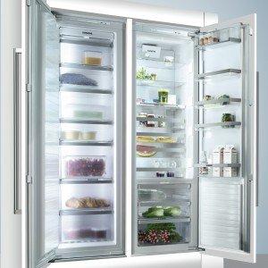 A incasso, il congelatore EcoModul FI38NP60 di Siemens si può accostare a un frigo della stessa serie. No-Frost, in classe A++ con pannello touch screen, misura L 56 x P 55 x H 177 cm. Il solo congelatore: prezzo 2.190 euro. www.siemens-home.com
