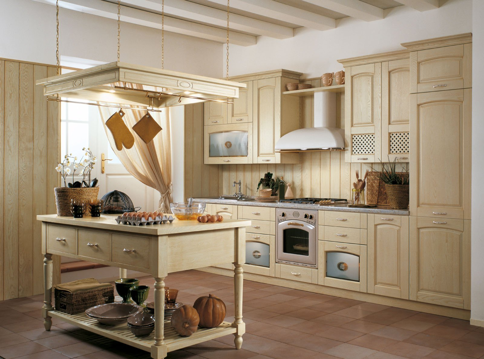 Cucine country una scelta di stile cose di casa for Piccoli piani di casa con un sacco di finestre