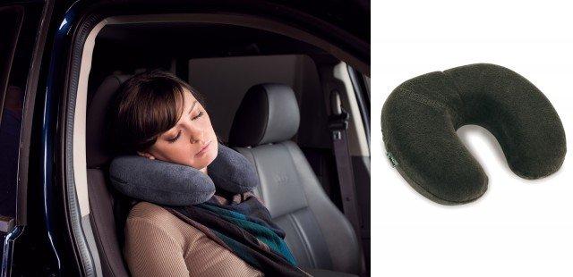 Il cuscino Transit in velluto di cotone. Prezzo consigliato 80 euro.