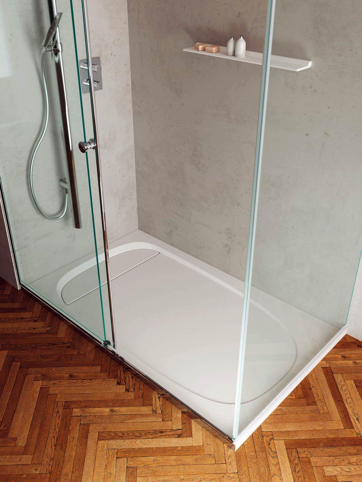 La doccia come scegliere cose di casa - Piatto doccia incassato nel pavimento ...
