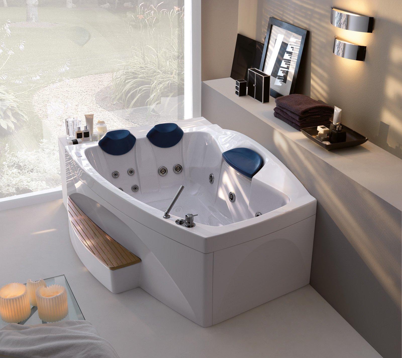 Le vasche idromassaggio cose di casa - Colorare acqua vasca da bagno ...
