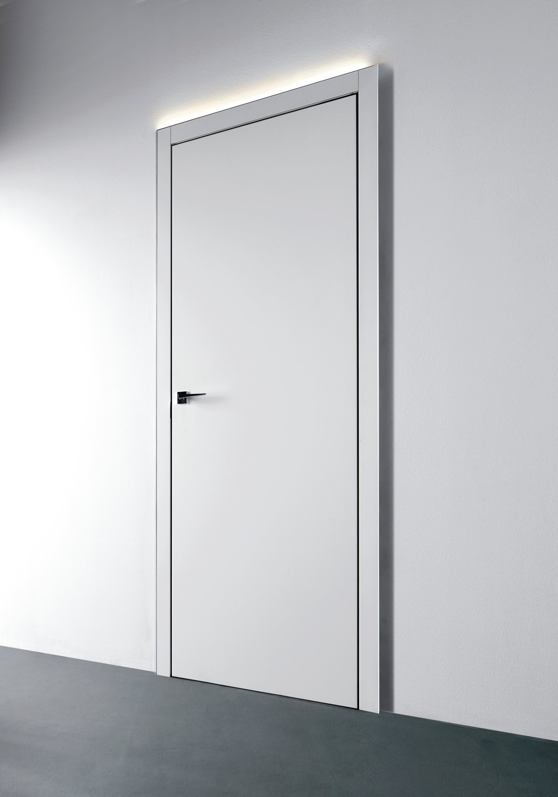 Porte e arredo i consigli su come abbinare stili e for Specchio bagno profilo alluminio