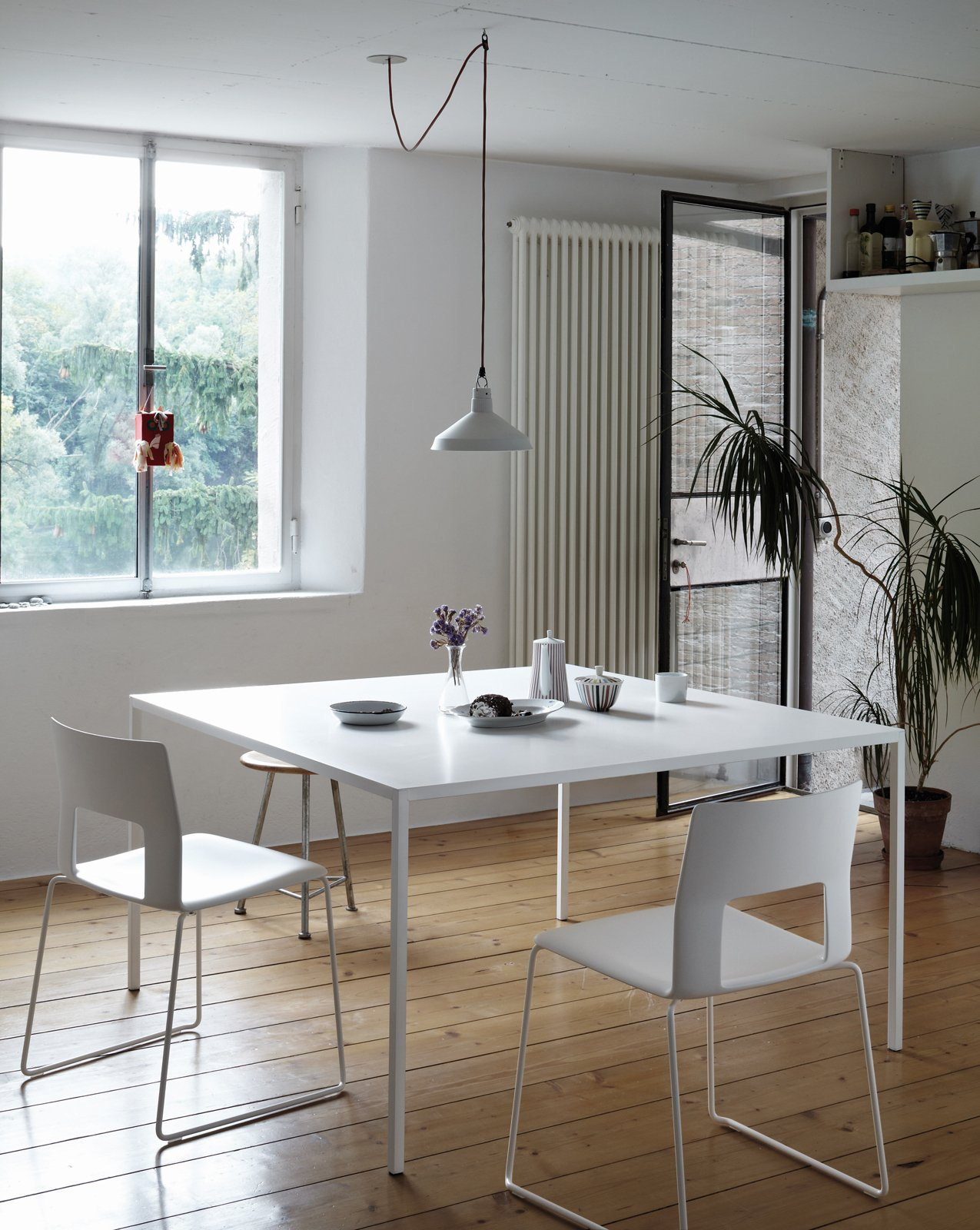 Tavolo bianco da abbinare a tutto cose di casa - Tavolo con sedie per cucina ...