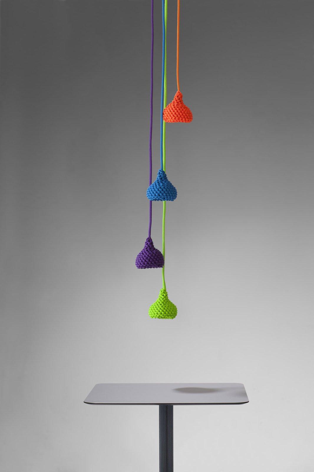 Luci per esterni accendiamole cose di casa - Lampada sospensione sopra tavolo altezza ...