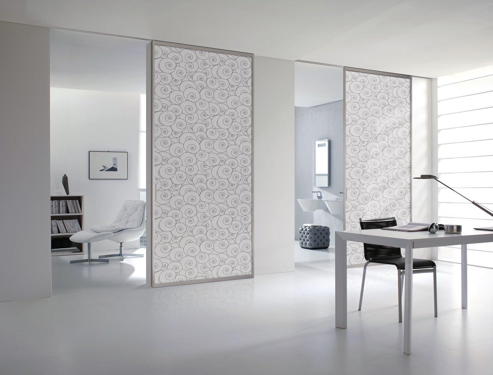 Rivestimenti in tessuto per le porte cose di casa for Rivista di design e produzione di mobili