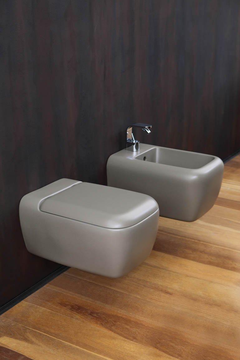 Lavabo e sanitari colorati cose di casa - Rubinetti sanitari bagno ...